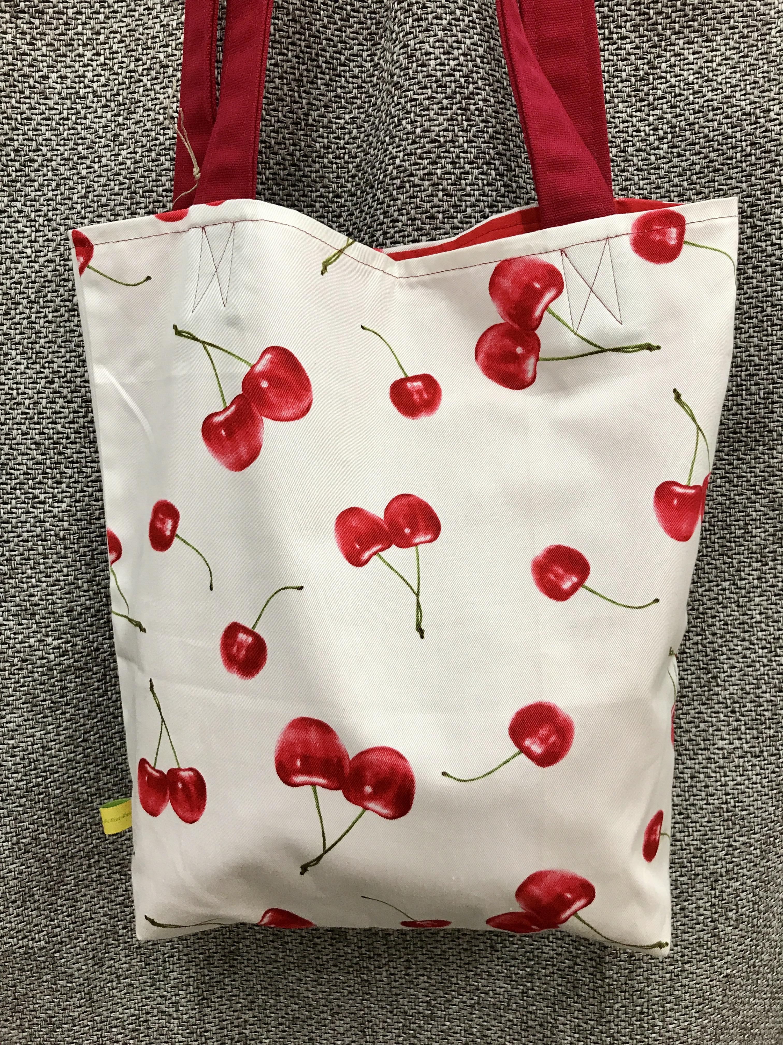 Einkaufstasche mit Kirschmotiv